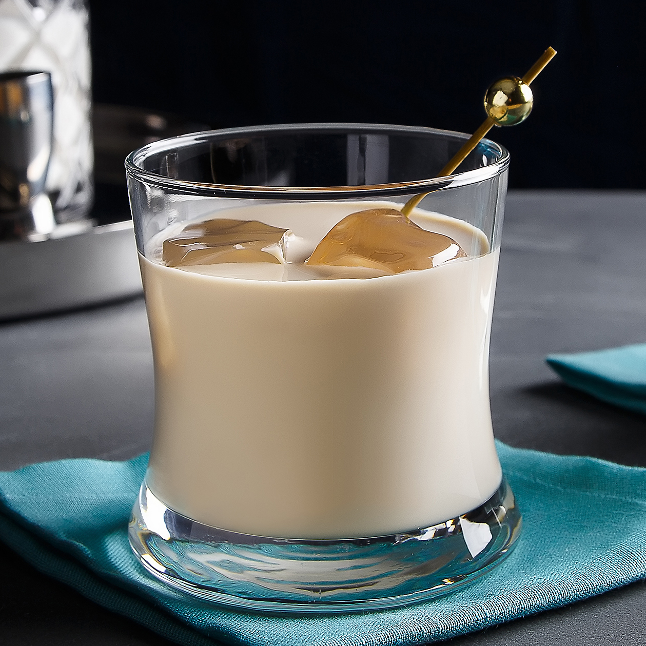 White Russian | The Cocktail Project