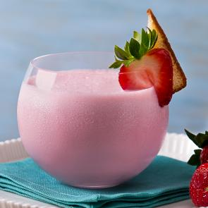 Strawberry Shortshake   The Cocktail Porject