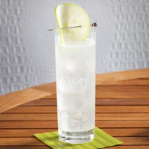 EFFEN® Green Apple Cooler | The Cocktail Porject