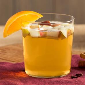 Fall Sangria cocktail recipe