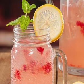 Berry Limonada cocktail recipe
