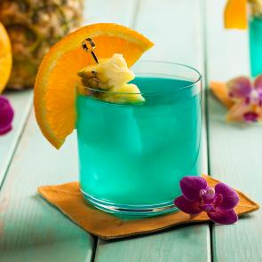 Blue Hawaii | The Cocktail Porject