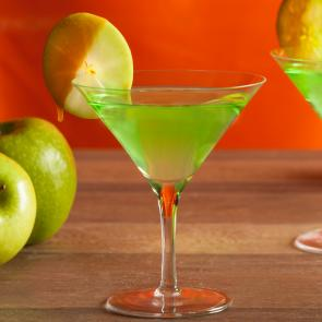 Caramel Apple Martini | The Cocktail Porject
