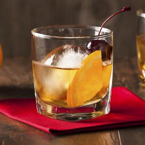 Maker's Mark® Old Fashioned | The Cocktail Porject