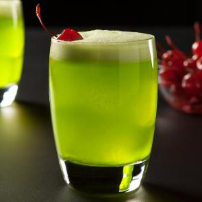 Fresh Midori® Sour cocktail recipe