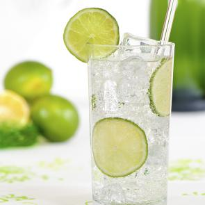 Cruzan® Summer Breeze | The Cocktail Porject