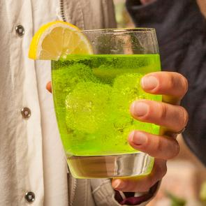 Midori® Tonic & Lemon cocktail recipe