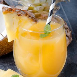 Coconut Spritzer cocktail recipe