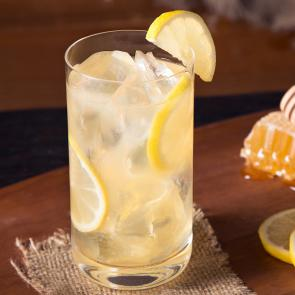 Honey & Lemonade | The Cocktail Porject