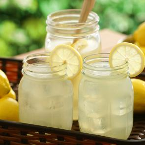 Jim Beam® Lemonade cocktail recipe
