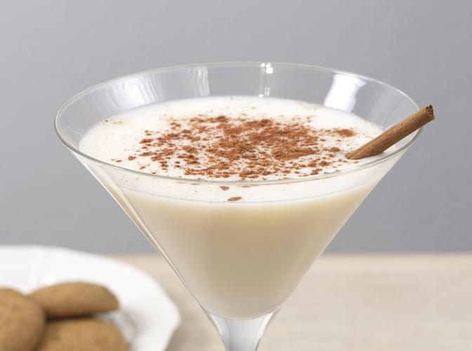 Snickerdoodle Cookie Martini | The Cocktail Project