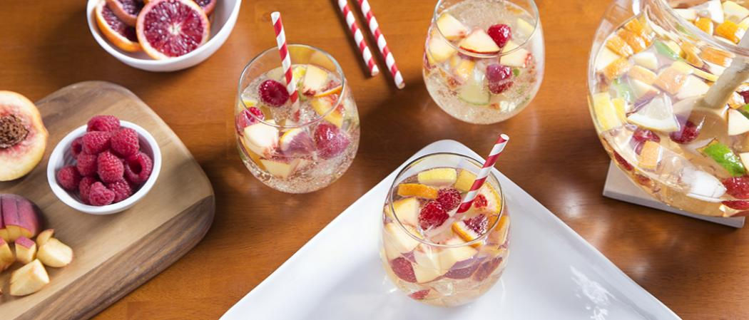 Peach Sangria | The Cocktail Project