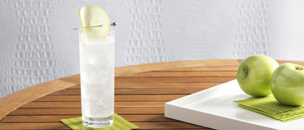 EFFEN® Green Apple Cooler | The Cocktail Project