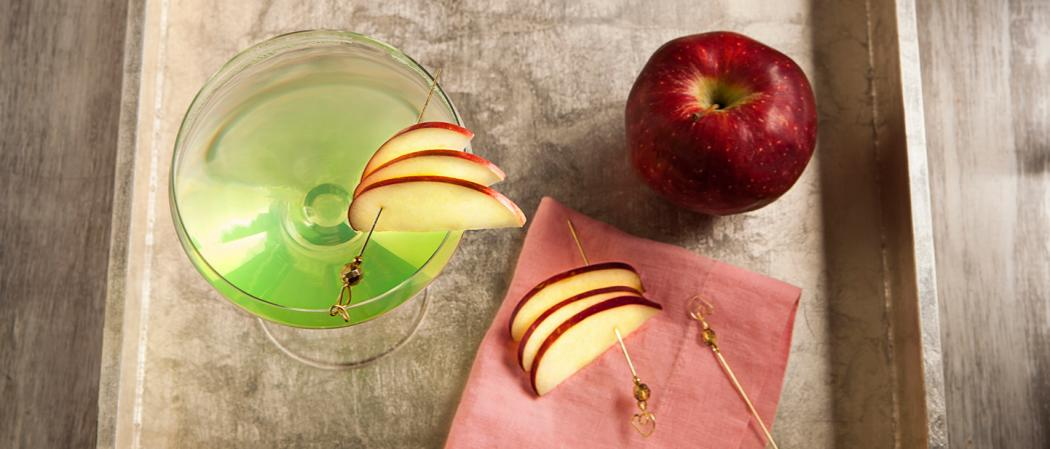 Appletini | The Cocktail Project