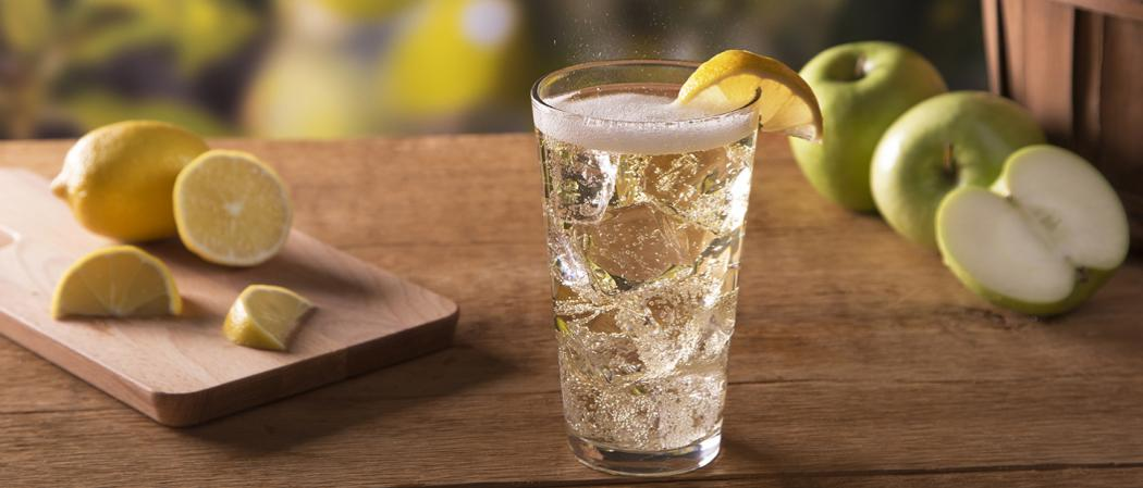 Jim Beam® Apple & Soda | The Cocktail Project