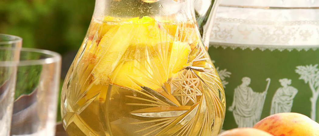 Cruzan® Peach Sangria recipe