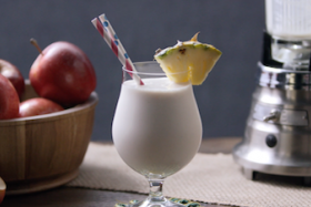 Play Video: How to make an Apple Daiquiri