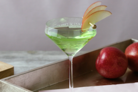Play Video: How to Make an Appletini
