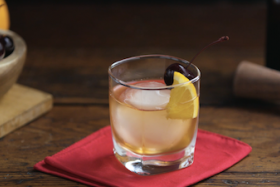 Play Video: How to Make a Maker's Mark Old Fashioned