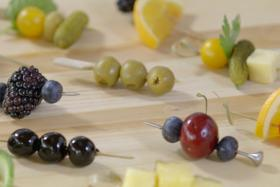 Play Video: Simple Garnishes