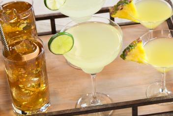Tips and Tricks: 10 Easy-To-Make Cocktails to Ease Your Hosting Duties