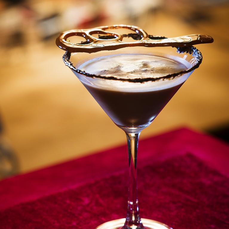 Decadent Chocolate Martini Cocktail Recipe