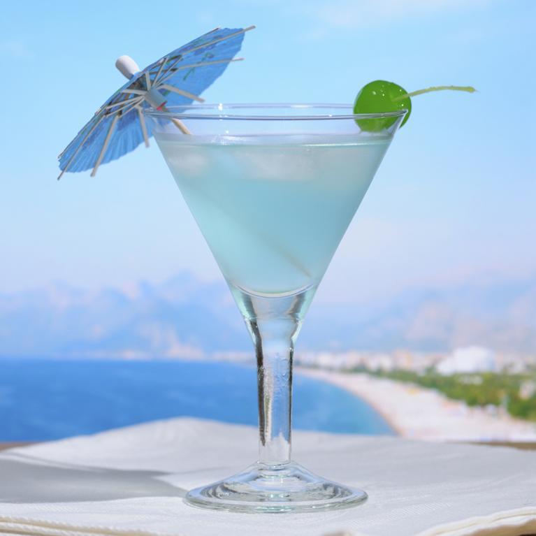 Indigo-go Martini   The Cocktail Project